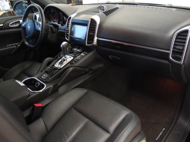 ベースグレード スポーツクロノ 社外22AW 左ハンドル 黒革シート 2012年モデル サンルーフ アルパインHDDナビ フルセグ アルパイン後席モニター シートヒーター(15枚目)