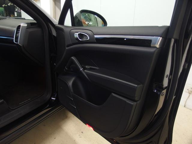 ベースグレード スポーツクロノ 社外22AW 左ハンドル 黒革シート 2012年モデル サンルーフ アルパインHDDナビ フルセグ アルパイン後席モニター シートヒーター(16枚目)
