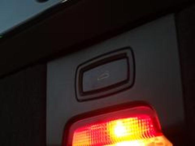 ベースグレード スポーツクロノ 社外22AW 左ハンドル 黒革シート 2012年モデル サンルーフ アルパインHDDナビ フルセグ アルパイン後席モニター シートヒーター(25枚目)