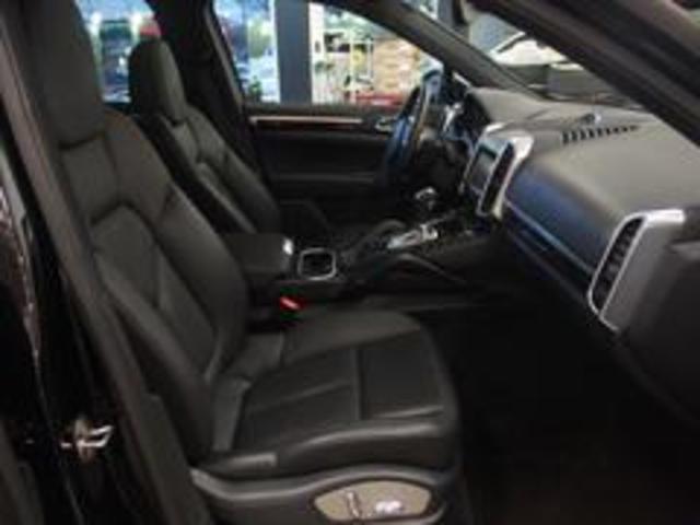 ベースグレード スポーツクロノ 社外22AW 左ハンドル 黒革シート 2012年モデル サンルーフ アルパインHDDナビ フルセグ アルパイン後席モニター シートヒーター(27枚目)