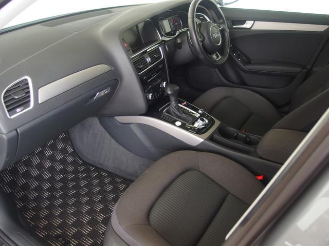 ☆シート調節は電動式になっており、シートを模したバーを押せば調節ができるようになっています。また、ランバーサポート機能付きで腰部分の張り出しを調節することで楽な運転姿勢を取ることが可能になっています☆