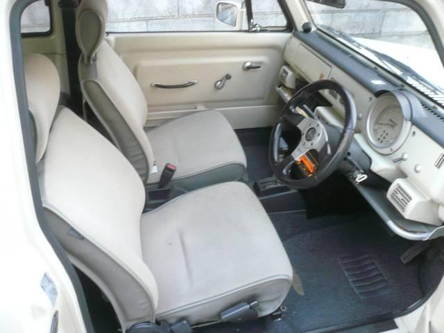 ベースグレード 社外オーディオ 内外装レストア車(9枚目)