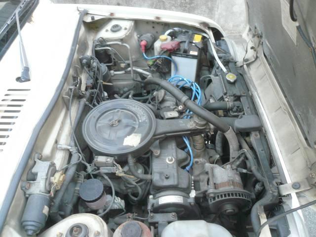 ベースグレード 社外オーディオ 内外装レストア車(11枚目)