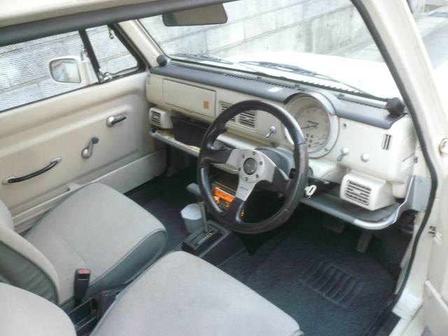 ベースグレード 社外オーディオ 内外装レストア車(14枚目)