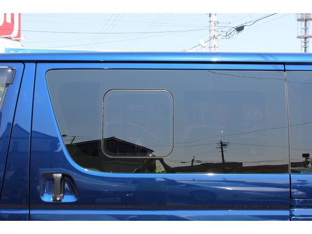 DX 4WD 9人乗り トヨタセーフティーセンス ナビ付き(17枚目)