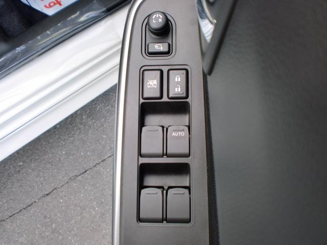 スズキ スイフト RSt 全方位モニター付ナビ フロアマット・ドアバイザー付