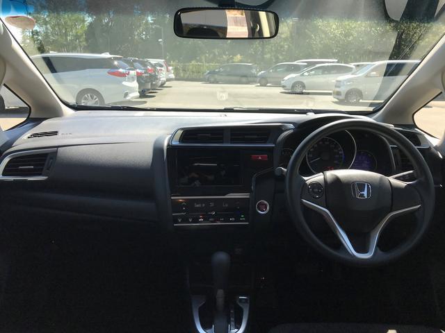 ホンダ フィット 13G・Fパッケージ ファインエディション 元デモカー