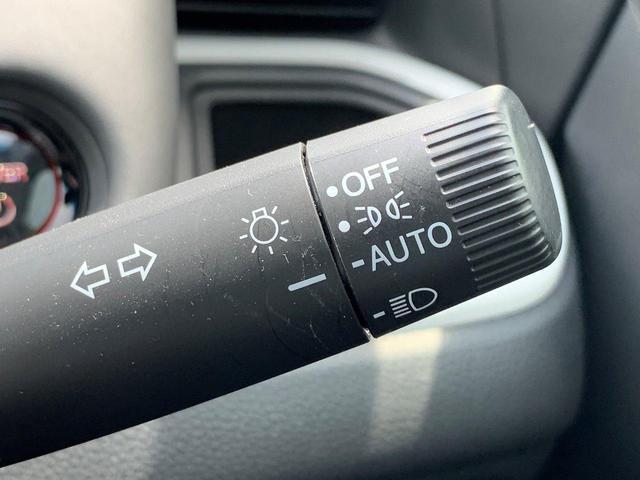 e:HEVホーム 元デモカー オーディオレス LEDヘッドライト コンフォートビューパッケージ ホンダセンシング サイドエアバック コンビシート リアカメラ スマートキー 渋滞追従機能付ACC(12枚目)