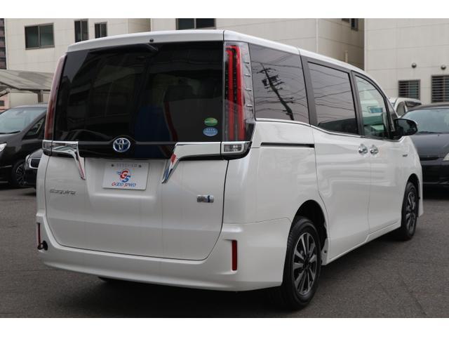 ハイブリッドGi プレミアムパッケージ 新車未登録 両側電動(15枚目)