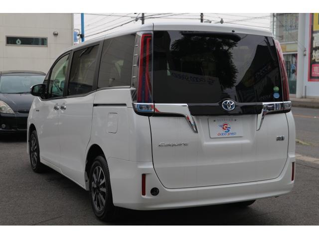 ハイブリッドGi プレミアムパッケージ 新車未登録 両側電動(17枚目)