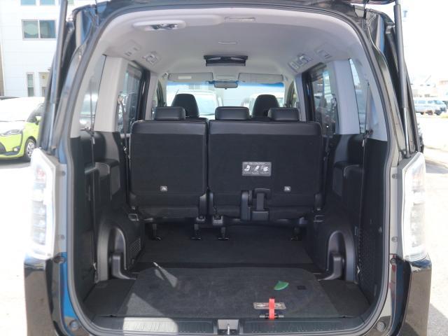 Z クールスピリット 両側電動 後席モニター 7型HDナビ(18枚目)