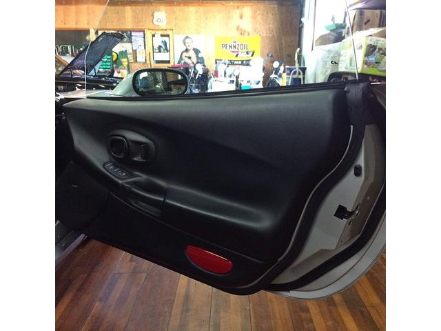 シボレー シボレー コルベット ディーラー車 左ハンドル 革シート