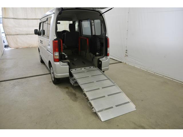 スズキ エブリイワゴン スローパー 車椅子移動車 電動固定
