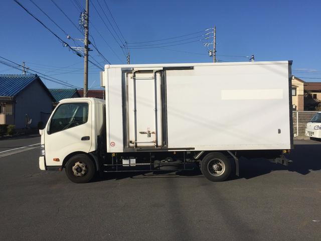 冷蔵冷凍車 2950kg(6枚目)