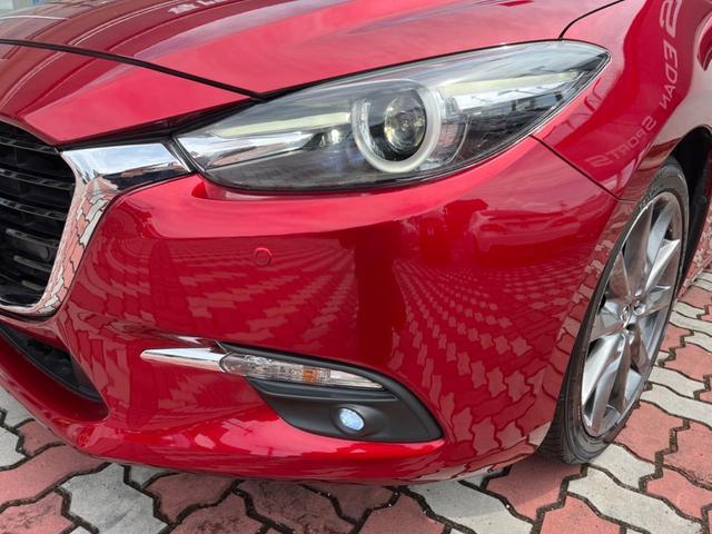 15S Lパッケージ 6速MT 360度ビューモニター 駐車センサー アイドリングストップ 横滑り防止機能 ETC クルーズコントロール バックカメラ 専用18インチAW シートヒーター パワーシート 純正ナビ(13枚目)