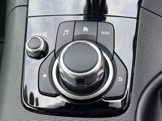 15S Lパッケージ 6速MT 360度ビューモニター 駐車センサー アイドリングストップ 横滑り防止機能 ETC クルーズコントロール バックカメラ 専用18インチAW シートヒーター パワーシート 純正ナビ(42枚目)
