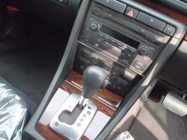 アウディ アウディ A4 SE ディーラー車 ブラックレザー ローダウン 社外17AW