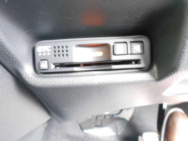 ナビVXM-195VFi Rカメラ Bluetooth ミュージックサーバー
