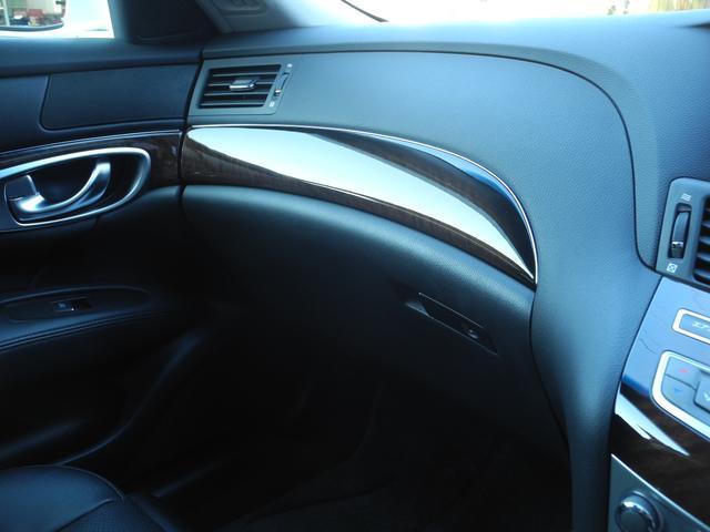 ベースグレード 黒革サンルーフ新品車高調新品ワーク20AW(11枚目)