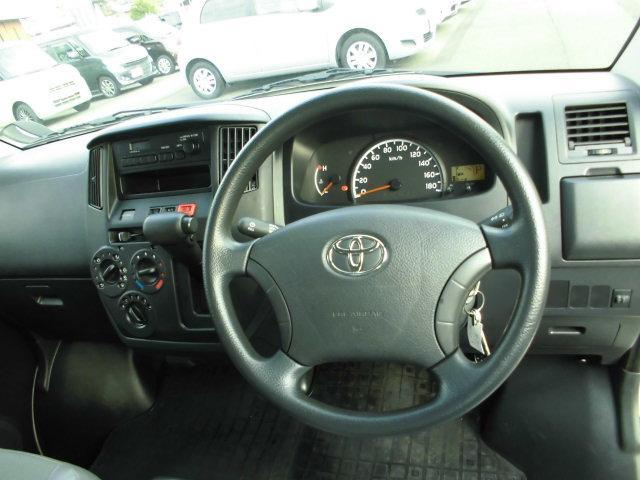 トヨタ ライトエースバン DX 2WD