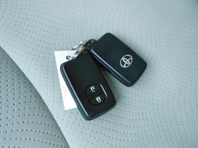 トヨタ プリウス S LEDエディション ワンセグSDナビ バックカメラ