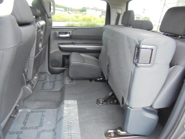 米国トヨタ タンドラ C-MAX SR5 フロントベンチ 前横後カメラ 4WD