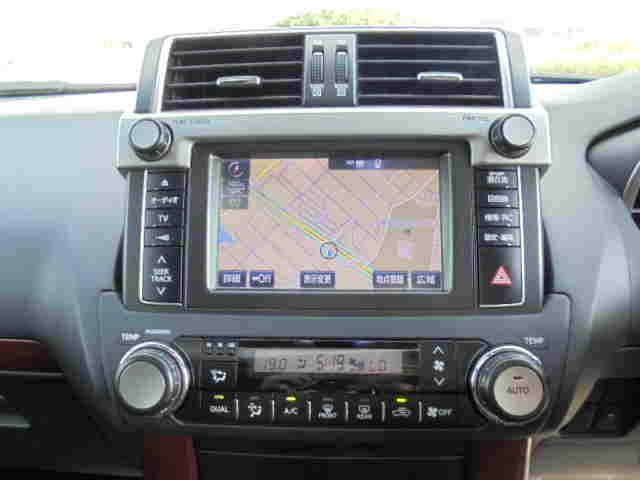 トヨタ ランドクルーザープラド TX Lパッケージ レザーサンルーフ LEDヘッド1オーナー