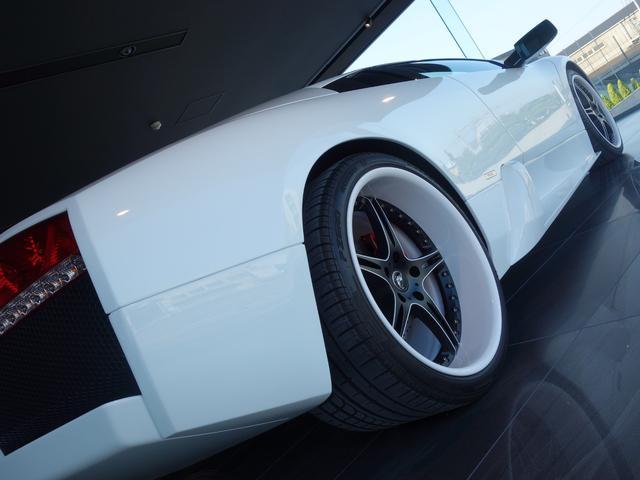 ランボルギーニ ランボルギーニ ムルシエラゴ ムルシエラゴLP620eギア640テールJ-WOLFマフラー