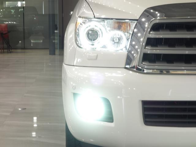 プラチナム4WD 社外ナビ&TVリアモニターサンルーフ1NO(4枚目)