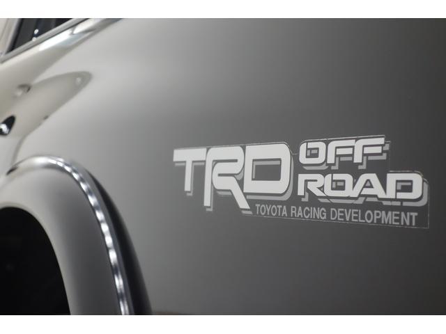 新車並行4WDフロントベンチ TRD16インチリフトアップ(11枚目)