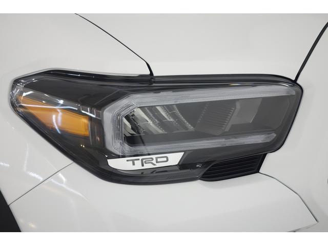 ダブルキャブ SR5 2021y TRDPRO シーケンシャルウィンカー サンルーフ TRDPRO専用FOXショック アルミ TRDマフラー&スキッドプレート CarPlay対応 TRDPROロゴ入りレザーシート(8枚目)