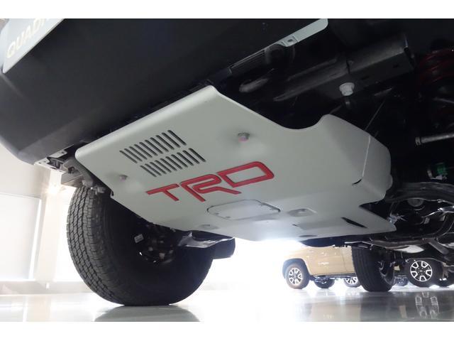 ダブルキャブ SR5 2021y TRDPRO シーケンシャルウィンカー サンルーフ TRDPRO専用FOXショック アルミ TRDマフラー&スキッドプレート CarPlay対応 TRDPROロゴ入りレザーシート(11枚目)