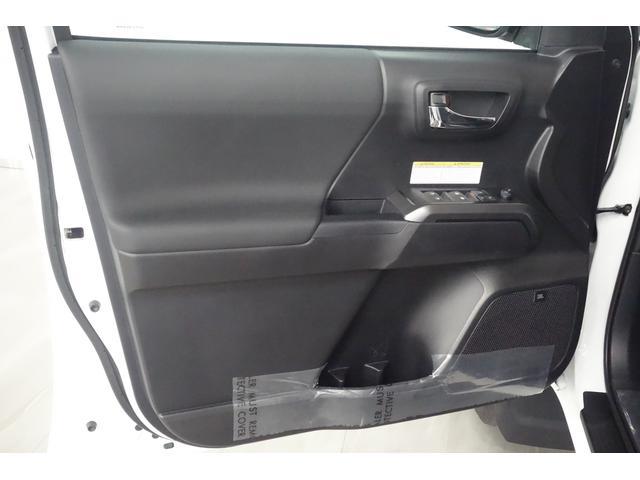 ダブルキャブ SR5 2021y TRDPRO シーケンシャルウィンカー サンルーフ TRDPRO専用FOXショック アルミ TRDマフラー&スキッドプレート CarPlay対応 TRDPROロゴ入りレザーシート(27枚目)