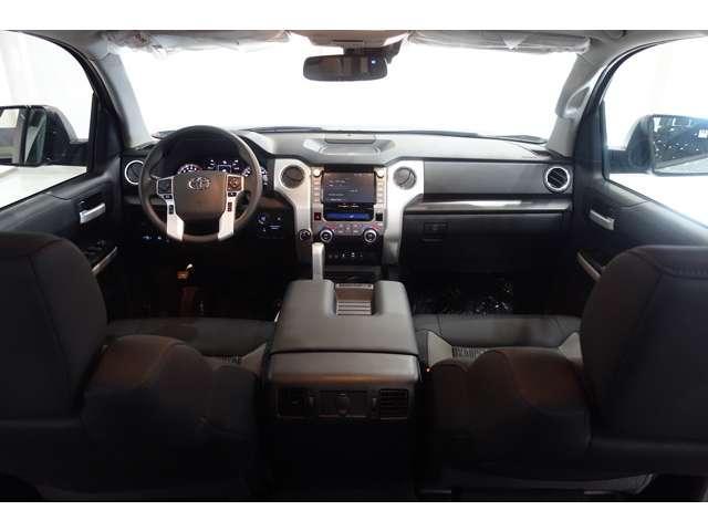クルーマックス SR5 2021y CarPlay対応ディスプレイ TRDオフロード スマートキ  サンルーフ 純正LEDヘッドライト&FOG ビルシュタンサス セーフティーセンス  F&S&Bカメラ F&Rソナー(11枚目)