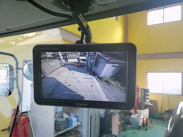 アルミウイング 積載2750Kg ワイドベット付き R観音扉 荷台内寸長さ625横238高さ240 床鉄板貼り エンジンJ05E バックカメラ ラッシング2段(7枚目)