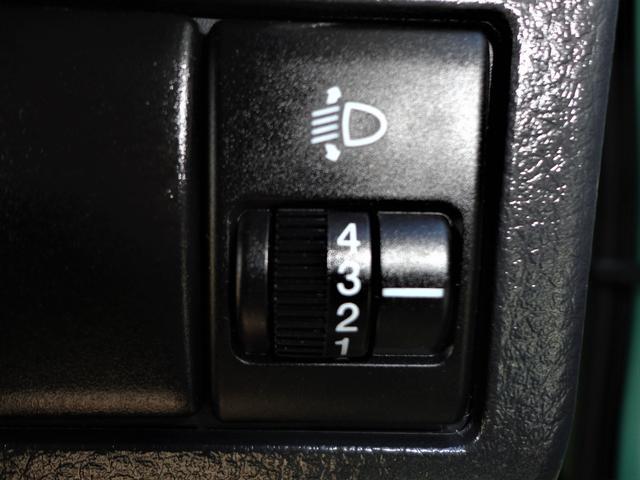 S アイドリングストップ プッシュスタート スマートキー 純正ディスプレイオーディオ バックカメラ USB入力端子 禁煙車 盗難防止システム 衝突安全ボディ プライバシーUVカットガラス 整備・保証付(29枚目)