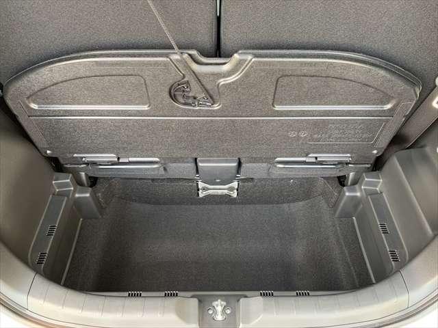 パネルを外すと背の高い荷物を載せることもできます♪