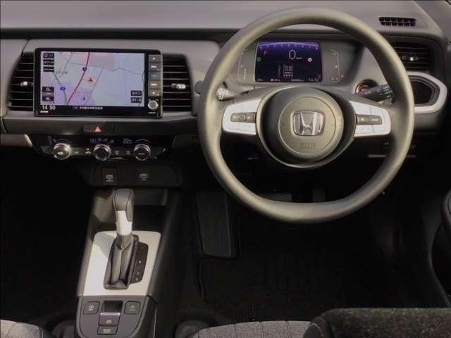 ホーム 純正9インチナビ 新車保証(10枚目)