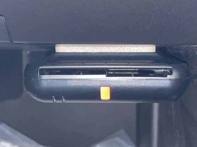 15RX Vセレクション メモリーナビ フルセグTV BTA アラウンドビューモニター ETC スマートキー HIDヘッドライト アルミホイール(15枚目)