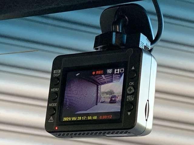 G・Lターボホンダセンシング 8インチインターナビ フルセグTV Bカメラ ETC ドラレコ スマートキー シートヒーター 両側パワースライドドア LEDヘッドライト アルミホイール フォグライト レンタUP車(14枚目)