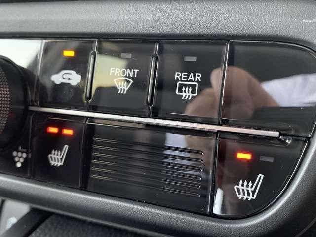 G・Lターボホンダセンシング 8インチインターナビ フルセグTV Bカメラ ETC ドラレコ スマートキー シートヒーター 両側パワースライドドア LEDヘッドライト アルミホイール レンタUP車(16枚目)