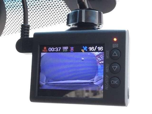 ハイブリッドZ・ホンダセンシング パナソニック製ナビ ワンセグ Bluetooth バックカメラ ETC シートヒーター 走行無制限2年保証付き(14枚目)