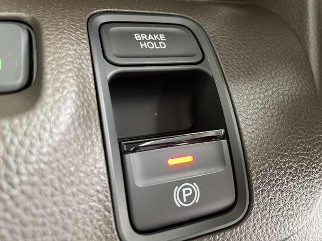 Lホンダセンシング インターナビ Bカメラ Buletooth接続可 ドラレコ ETC スマートキー シートヒーター クリアランスソナー レンタUP車(9枚目)