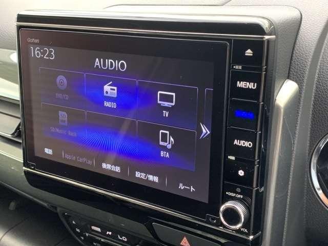 L・ターボホンダセンシング 8インチインターナビ フルセグTV DVD再生可 Bカメラ ドラレコ ETC スマートキー シートヒーター LEDヘッドライト クリアランスソナー アルミホイール レンタUP車(9枚目)