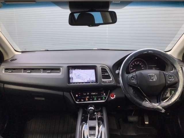 ハイブリッドZ・ホンダセンシング 8インチインターナビ バックカメラ ETC DVD再生 Bluetooth接続 LEDヘッドライト シートヒーター 純正アルミ Honda SENSING搭載車 2年間無料保証付 禁煙車(10枚目)