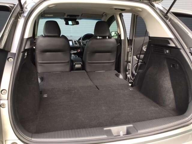 ハイブリッドZ・ホンダセンシング 8インチインターナビ バックカメラ ETC DVD再生 Bluetooth接続 LEDヘッドライト シートヒーター 純正アルミ Honda SENSING搭載車 2年間無料保証付 禁煙車(17枚目)