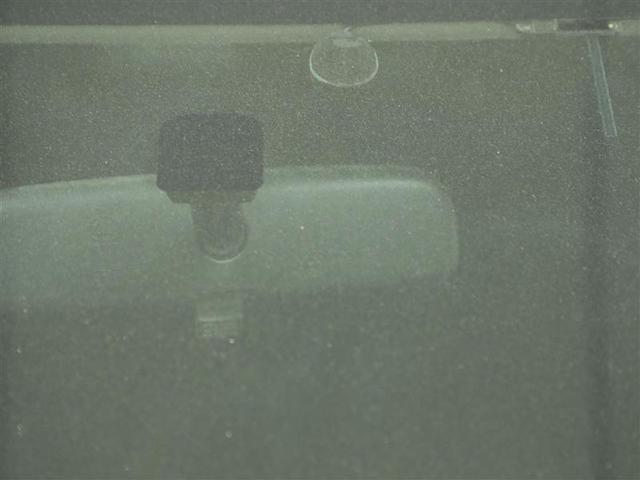 F ワンオーナー バックカメラ DVD メモリーナビ CD ETC 全席PW キーレスキー デュアルエアバッグ ナビTV フルセグ 横滑り防止機能 点検記録簿 ABS AC(12枚目)