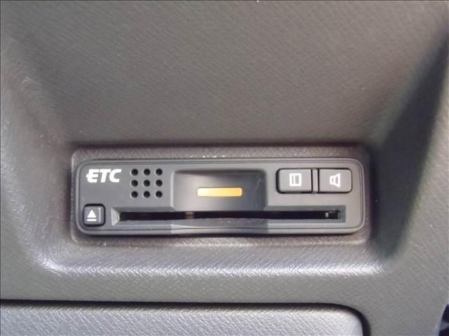 GLパッケージ後期HDD地デジ後席モニター両側自動Dエアロ付(17枚目)