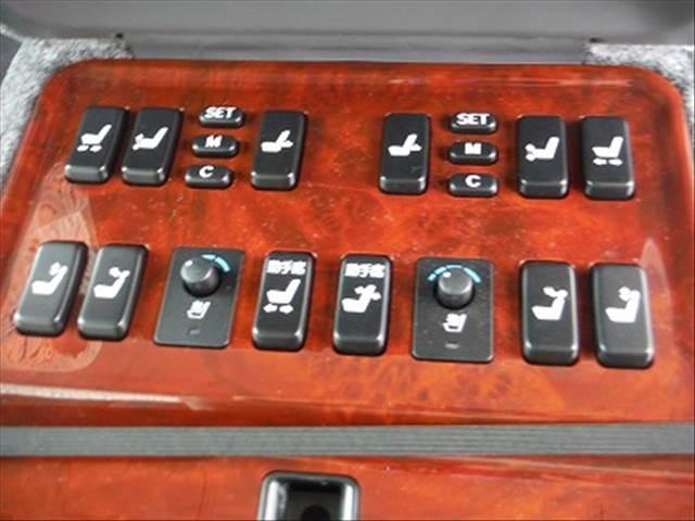 「トヨタ」「センチュリー」「セダン」「三重県」の中古車36