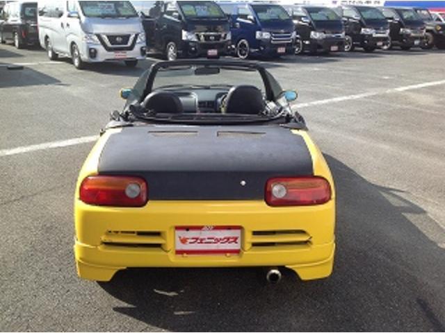 ベースグレード 5速MT 前後タワーバー 無限マフラー 車高調 HID 黒革調シートカバー momoステアリング FRPトランク フルエアロ レイズCE28 14インチAW(7枚目)